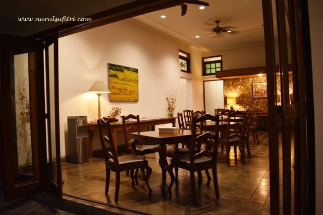 review hotel graha kinasih kotabaru yogyakarta jogja nurul sufitri mom lifestyle blogger traveling culinary pegipegi