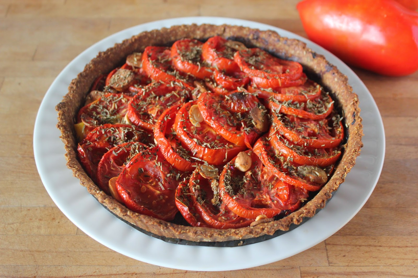https://cuillereetsaladier.blogspot.com/2014/07/tarte-la-tomate-et-moutarde.html
