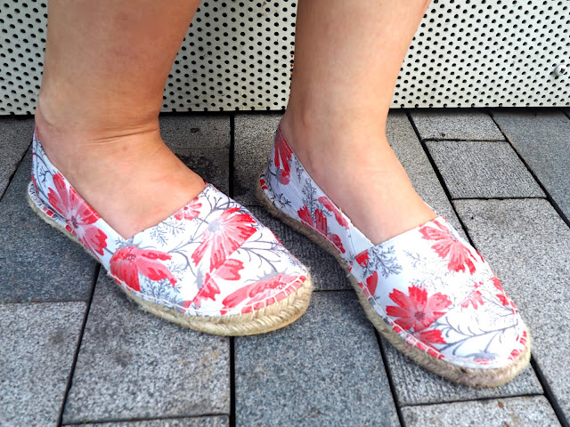 Girl of Steel | outfit shoe details of pink and white flower print espadrilles