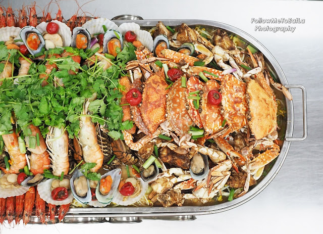 Half Top Shot Of The Jumbo Seafood Platter  (Right Side)