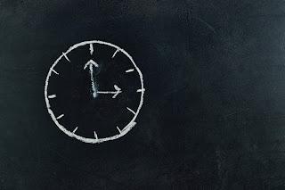 Picture of Chalk Clock on Blackboard