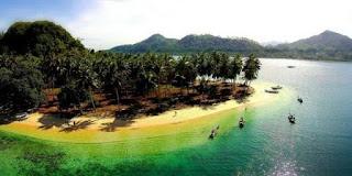 Foto pulau setan