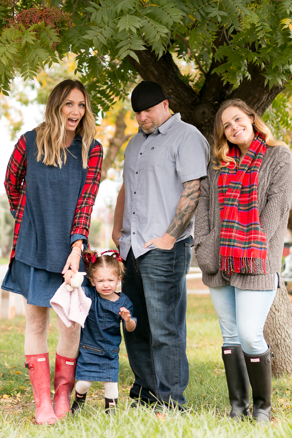 plaid family christmas photos