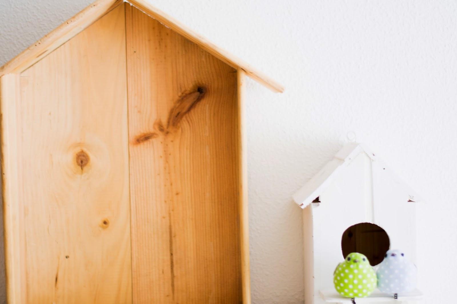 Cómo hacer una estantería casita