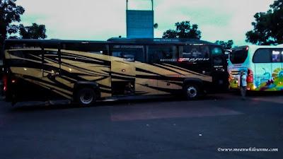 pilihan bis jurusan Bandung Pekalongan Bus Bejeu Jepara eksekutif black bus