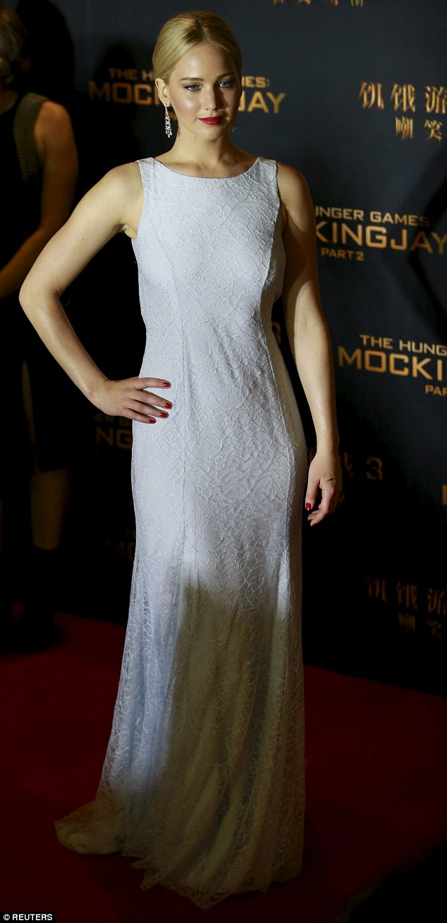 Jennifer Lawrence is elegant in Dior Couture for The Hunger Games: Mockingjay 2 Beijing premiere