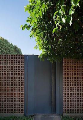 Desain Pintu Taman