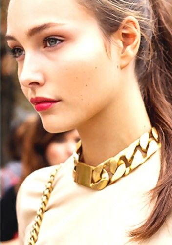 choker-gold-necklace
