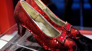 "Original ""Ruby Slippers"" ($ 612,000)"