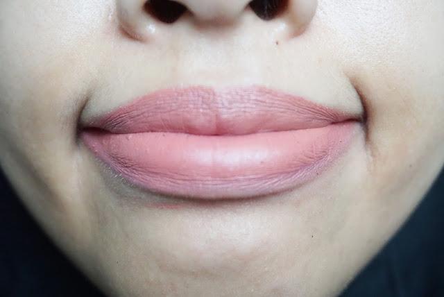 review-zoya-cosmetics-ultramoisse-english-rose