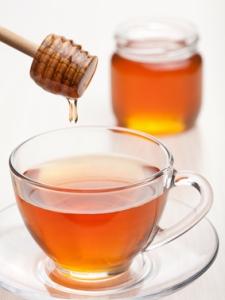 Черный чай с медом и водкой