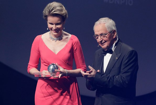 Queen Mathilde Valentino wore Valentino pink ruffle dress and diamond necklace at awards ceremony