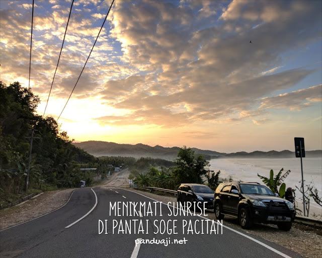 Sunrise di Pantai Soge Pacitan