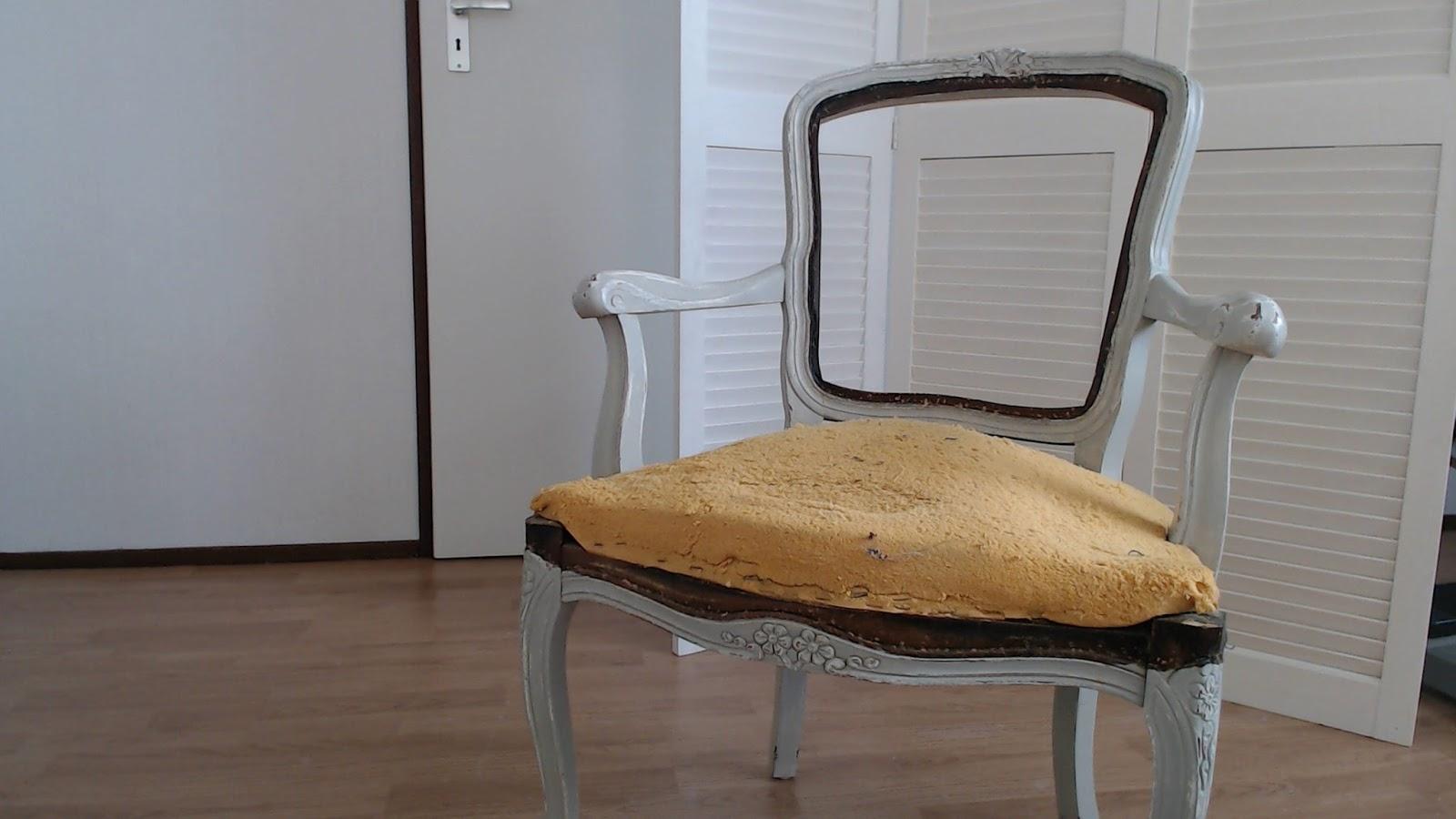 Opgeknapte meubels oud stoeltje opknappen
