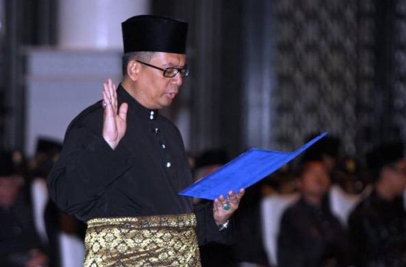 Semua Gelaran MB Terengganu Sah Ditarik Balik Oleh Sultan