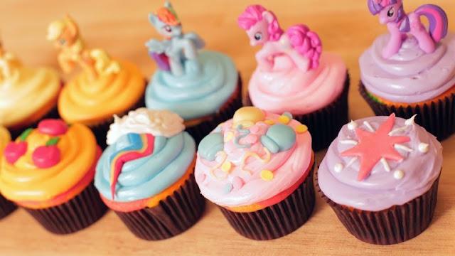 Ide Mudah untuk Dekorasi Cupcake Cantik