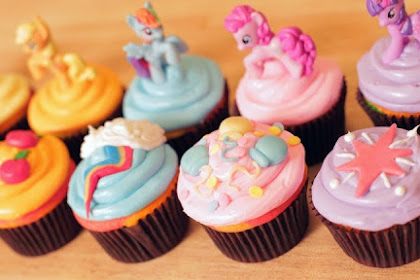 3 Ide Mudah untuk Dekorasi Cupcake