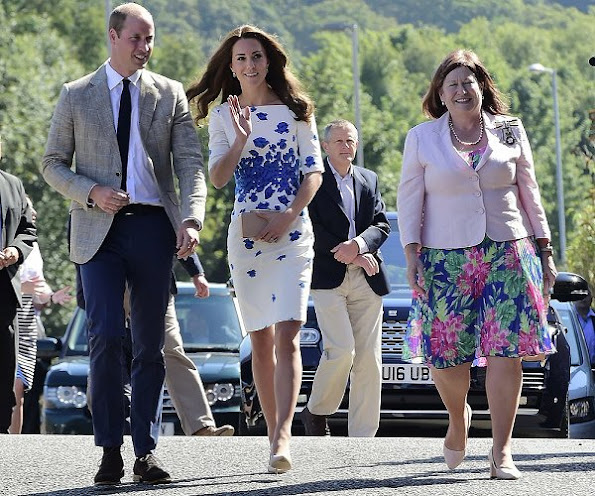 Kete Middleton and Prince William visit Luton. Kete Middleton wore LK. Bennett Lasa dress, and Clutch and Pumps - shoes