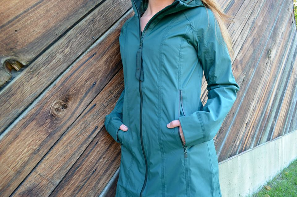 lululemon fuel green right as rain jacket