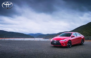 2016 Toyota Camry Atara S Drive
