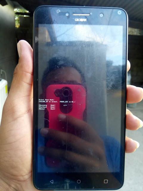 Cómo resetear Alcatel OT 8050G Pixi 4
