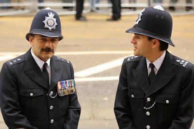 uniforme polițiste britanice
