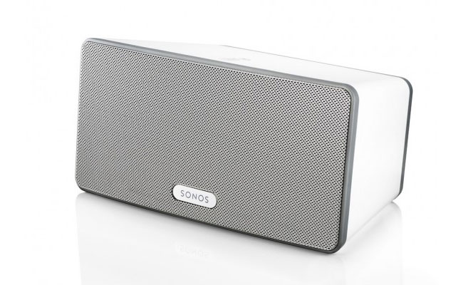sonos shrinks wireless sound systems with play 3. Black Bedroom Furniture Sets. Home Design Ideas