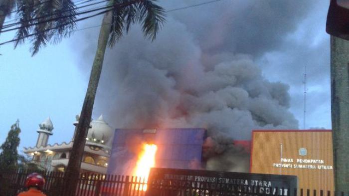 Kantor Dispenda Medan, Sumatera Utara Kebakaran