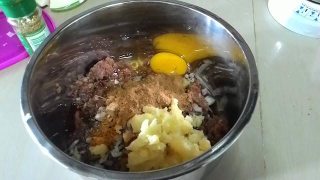bebola daging keju