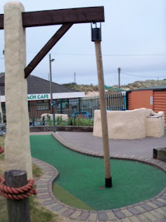 Hemsby Stonehenge BIG mini golf