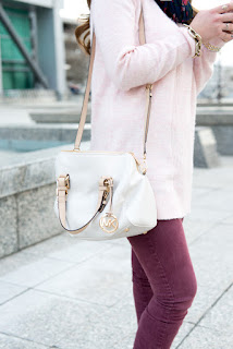 white michael kors cross body bag