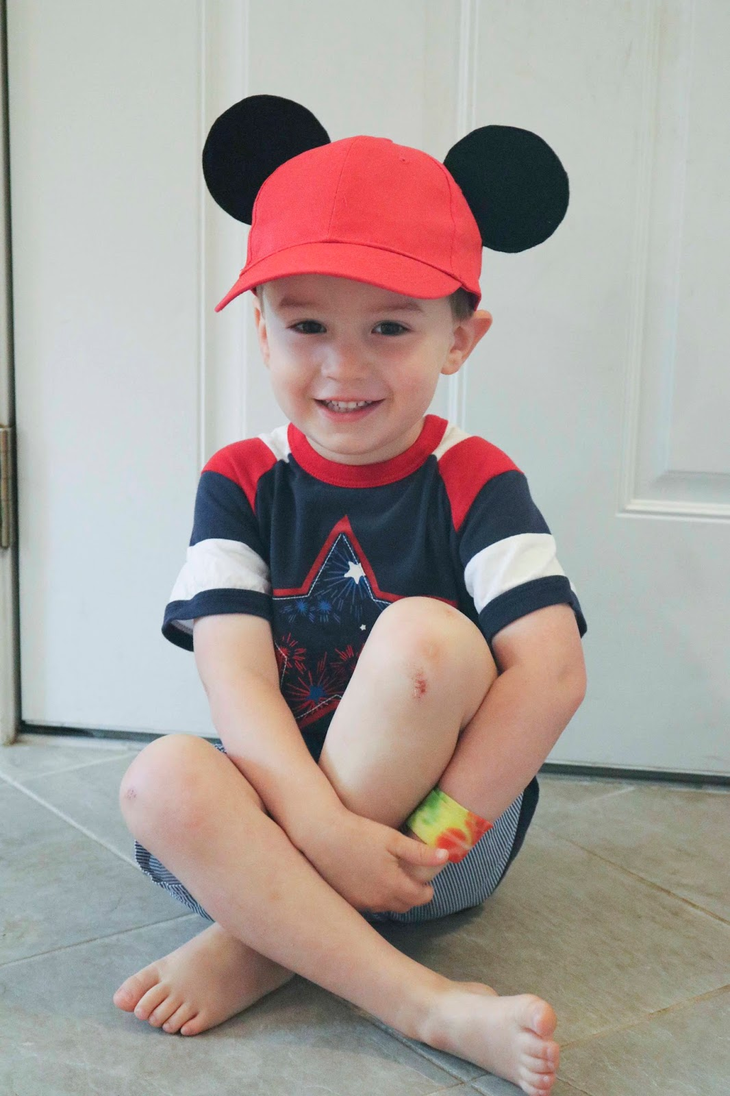 ce3bbce6327 ChemKnits  DIY Mickey Mouse Baseball Hats