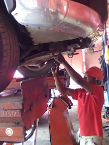 MEECHEAL EXCEL AUTO CARE CENTRE ENGINEERS @ WORK