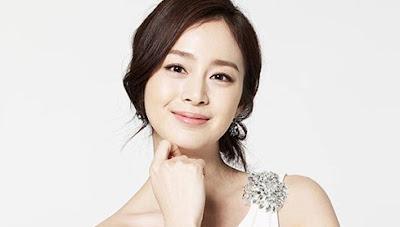 Kim Tae Hee Wanita Korea Tercantik dan Seksi