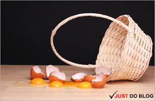 Đừng bỏ tất cả trứng vào một giỏ