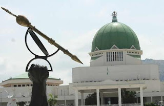 An unidentified senior legislative aide has collapsed and died at the entrance of the National Assembly of the Federal Republic of Nigeria today the 28th of November, 2016.