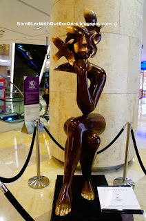 L'esperance by Etienne, Sculpture, ION Orchard Shopping Mall, Singapore