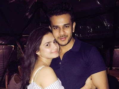 Jay-Soni-and-Wife-Pooja-Shah-Welcome-Baby-Girl