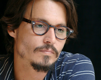 Johnny Depp in Lemtosh tartarugato