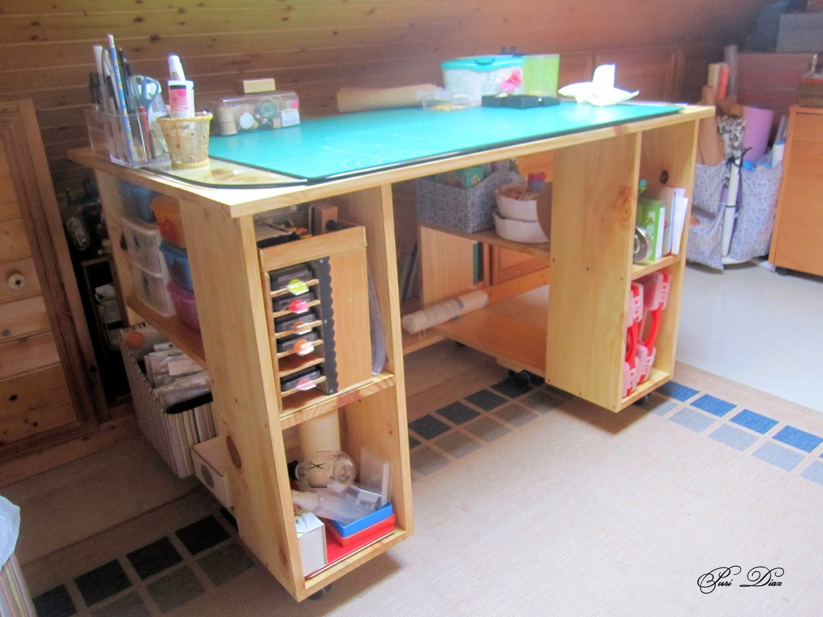 Manualidades puri diaz mesa para manualidades realizada for Mesa para manualidades