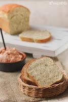 Pan de mostaza y eneldo