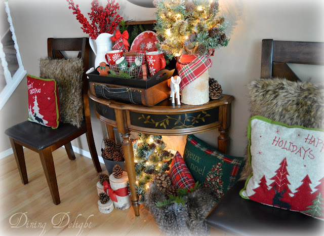 this vignette has a bit of a rustic cabin feel to it which is a look i love - Cabin Style Christmas Decorations