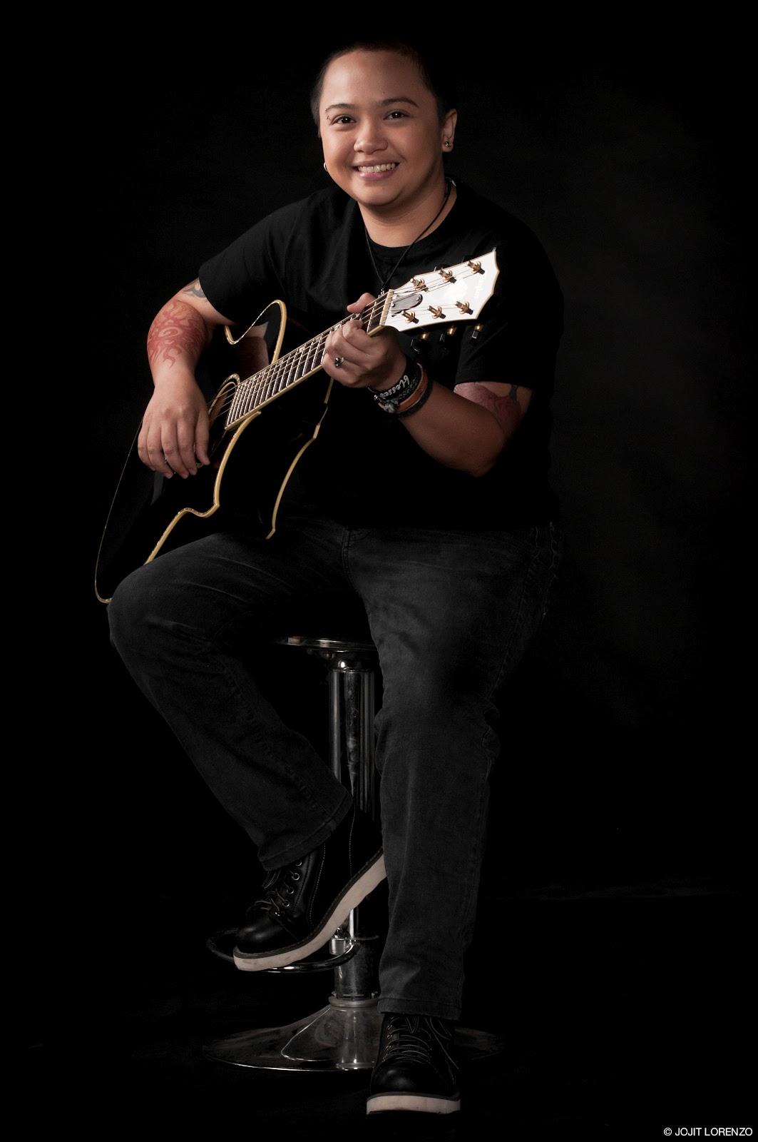 Pagdating ng panahon acoustic guitars