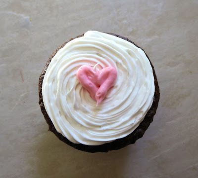 Heart Cupcakes & Mini Heart Cupcakes - Single Cupcake Overhead View