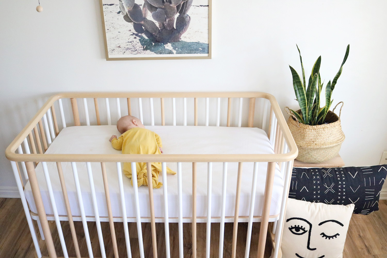 Baby bed next to bed - Life Crib Micunausa