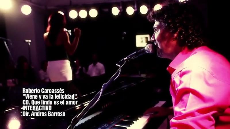 Roberto Carcassés - ¨Viene y va la felicidad¨ - Videoclip - Dirección: Andros Barroso. Portal Del Vídeo Clip Cubano - 10