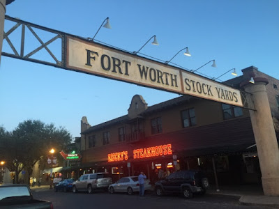 Risky's Steakhouse - Fort Worth Stockyards
