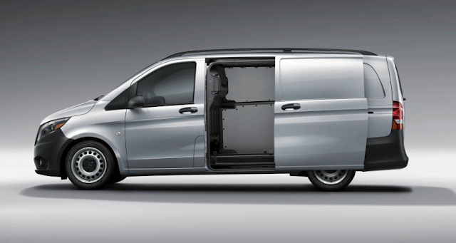 2016 Mercedes-Benz Metris doors open