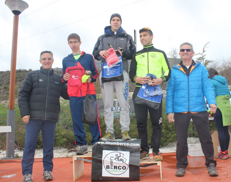 Podio masculino de la V Carrera por Montaña de Miranda de Ebro. /TRAIL CASTILLA Y LEÓN