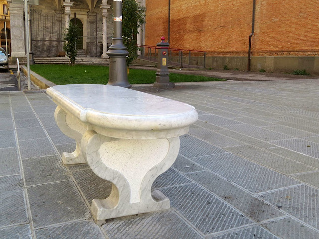 Marble bench and fountain, Piazza Grande, Livorno
